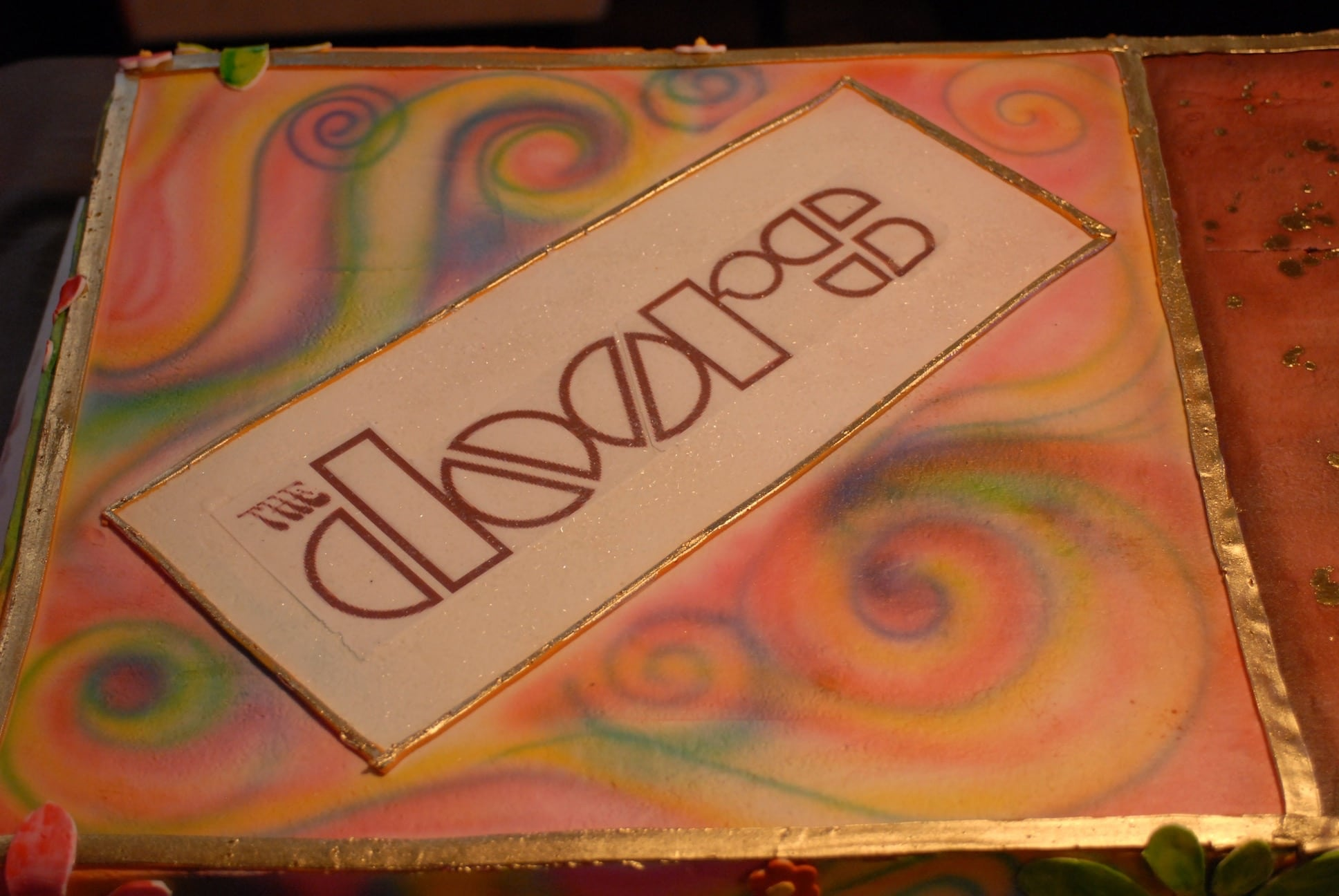 The Doors logo on cake